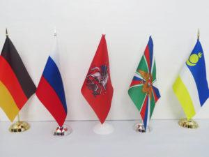 изготовление флагов москва